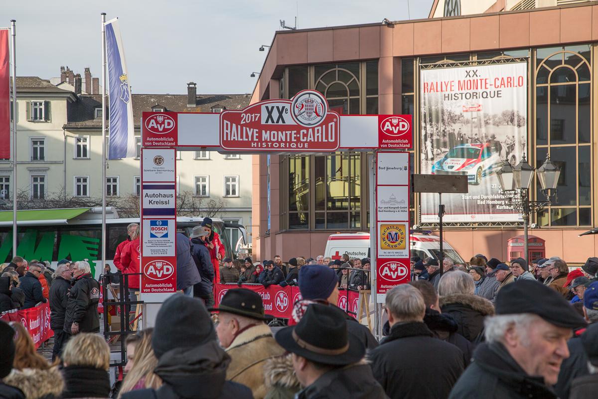 Startrampe zur 20. Rallye Monte Carlo Historique 2017 in Bad Homburg
